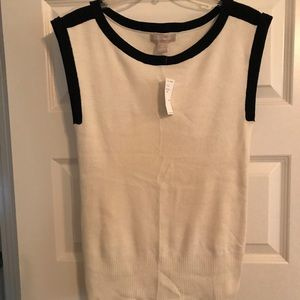 Banana Republic cream tank sweater with black trim